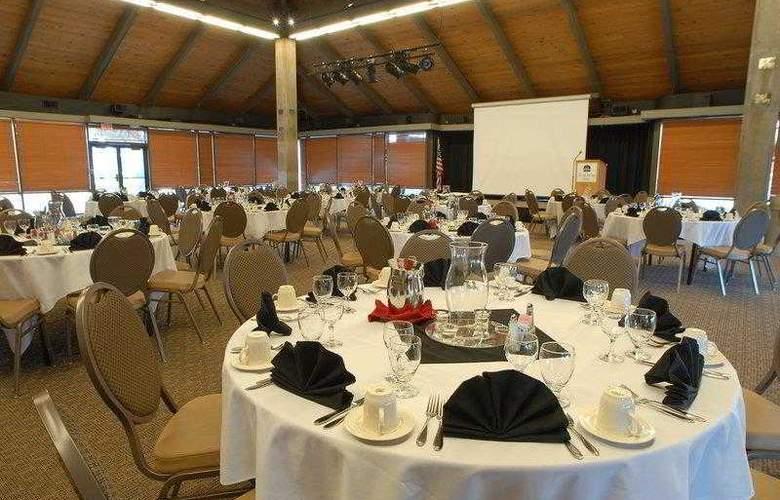 Best Western Plus Hood River Inn - Hotel - 1