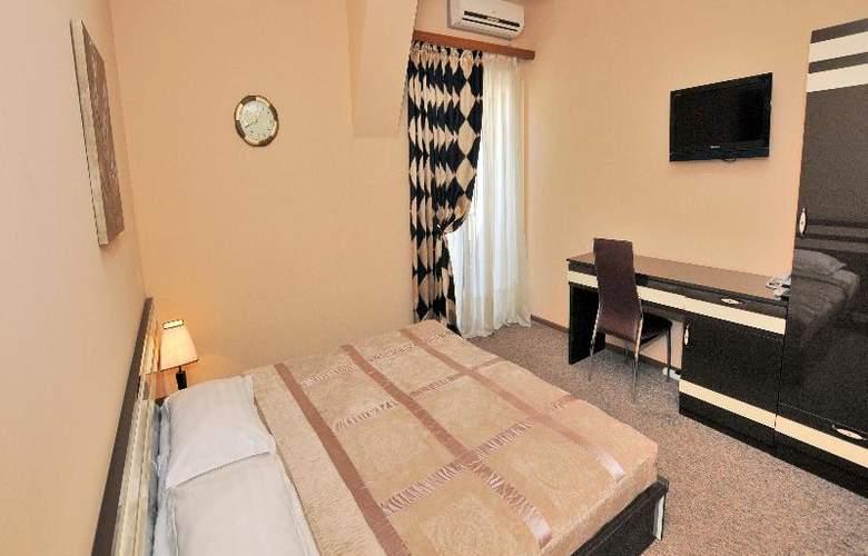 Diplomat Hotel - Room - 33
