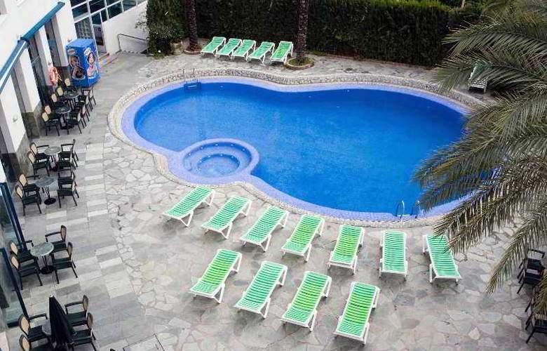 Principal - Pool - 24