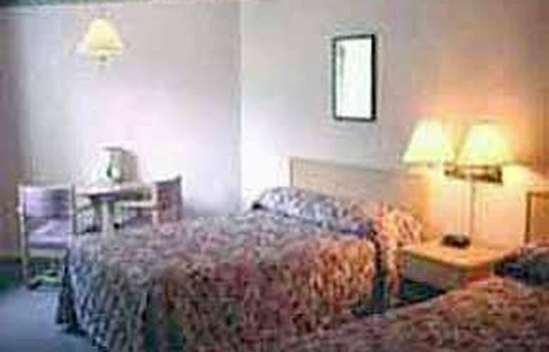 Comfort Inn Westside-Kelowna - Room - 3