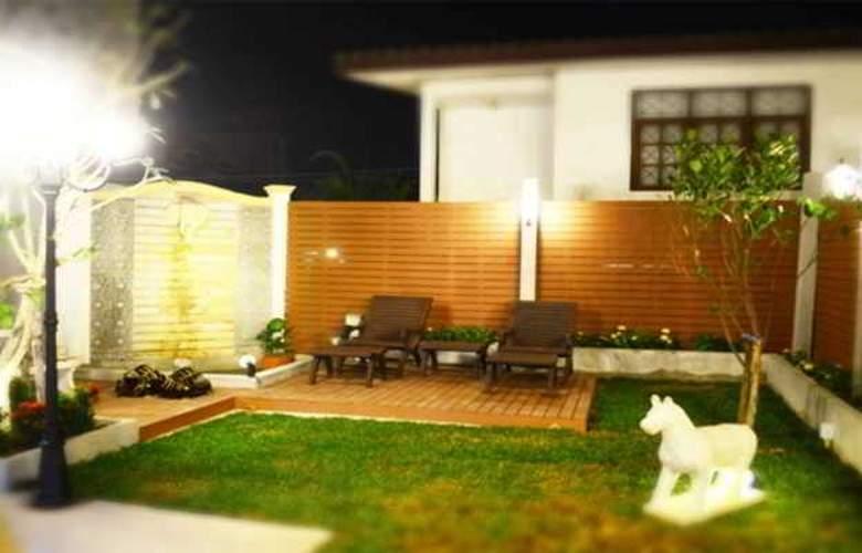 Suksabai Residence Pattaya - Pool - 49