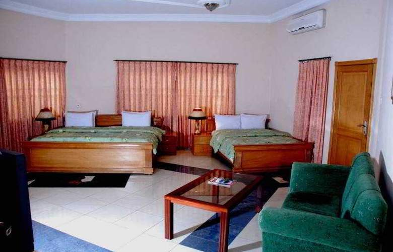 Eastgate Hotel - Room - 2