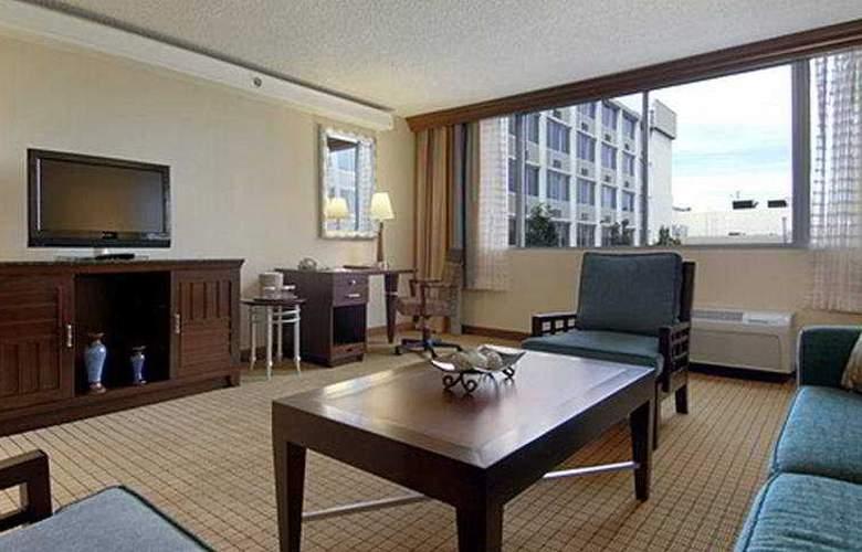 Red Lion Hotel Denver Central - Room - 6