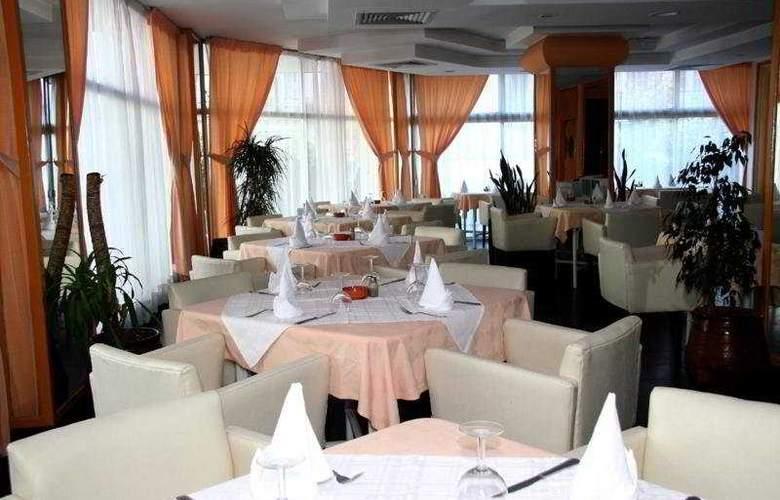Tanjah Flandria - Restaurant - 7