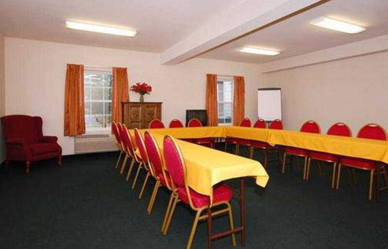 Quality Inn & Suites Chesterfield Village - Conference - 5