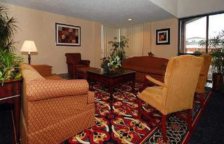 Comfort Inn - Hall of Fame - General - 3