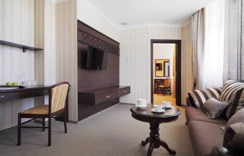 Pale Royal - Room - 37