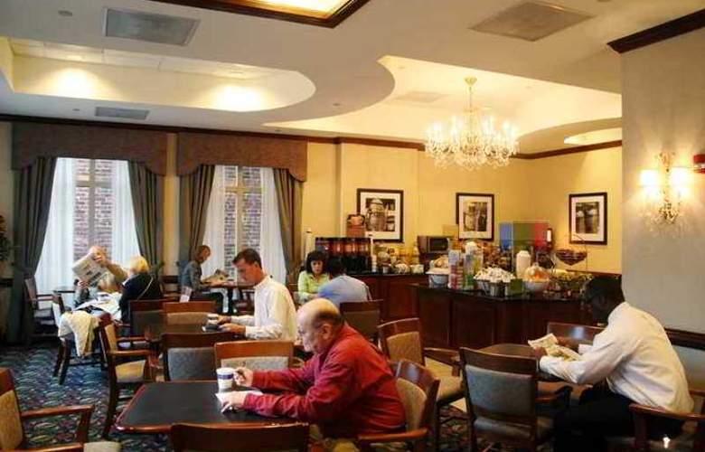 Hampton Inn Alexandria-Old Town/King St. Metro - Hotel - 9
