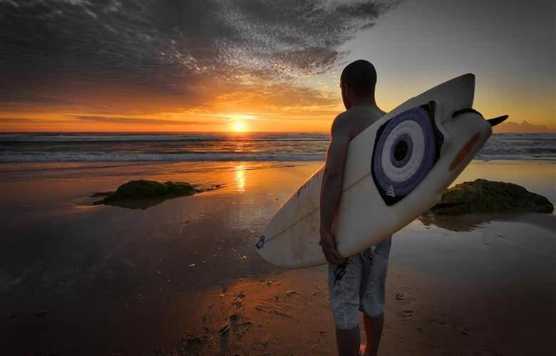 Best Western Plus Atlantic Beach Resort - Beach - 89