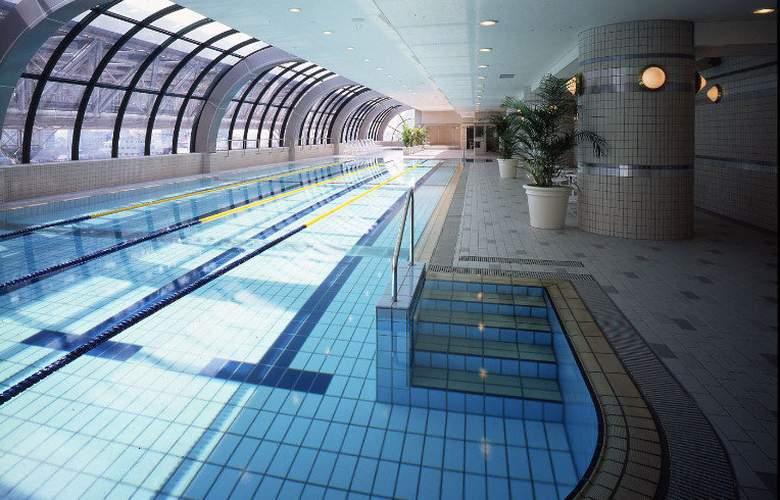 Agora Regency Sakai - Pool - 0
