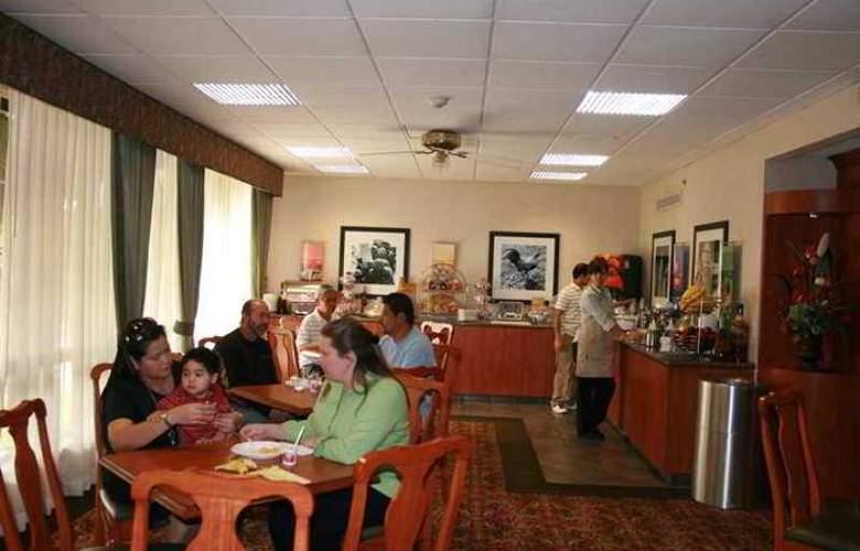 Hampton Inn Los Angeles/Arcadia/Pasadena - Hotel - 4