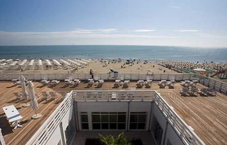 Mosaico Terme Beach Resort - Beach - 3