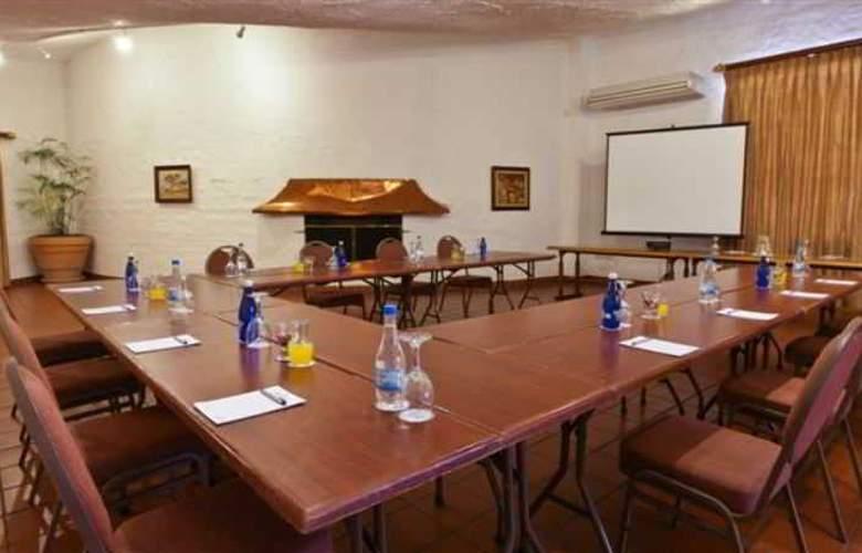 Protea Hotel Oudtshoorn Riempie Estate - Conference - 13