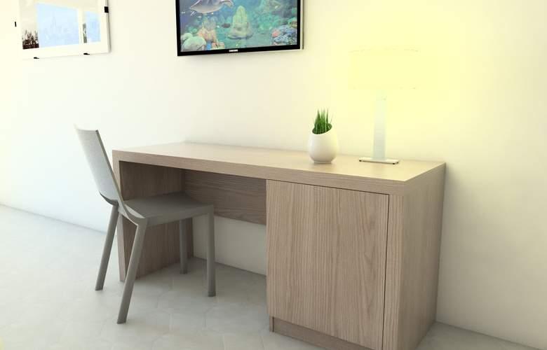 Adaria Vera - Room - 12