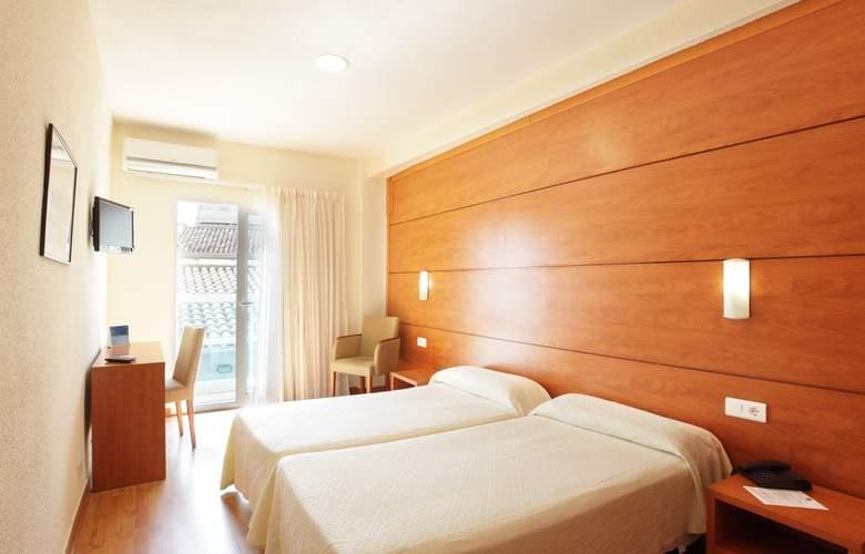 Centro Mar - Room - 2