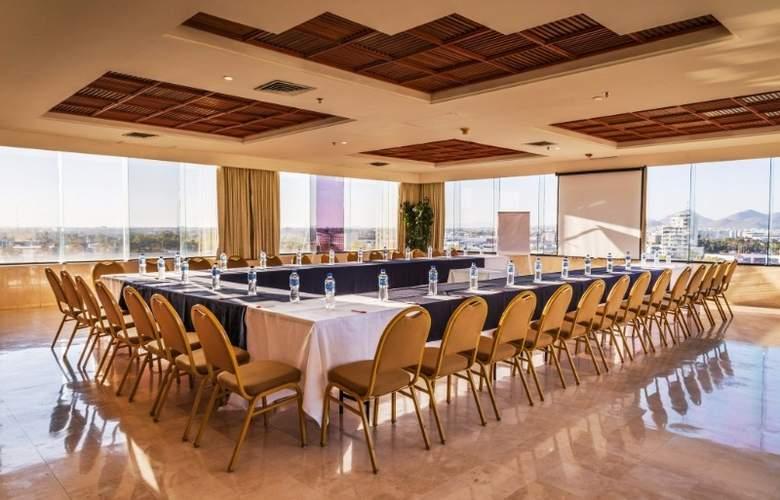 Ramada Hola Culiacán - Conference - 23