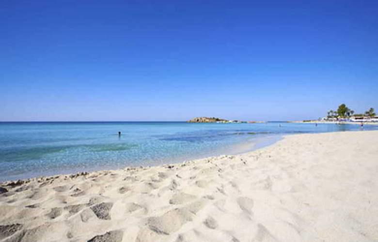 Margarita Napa Hotel Apts - Beach - 2