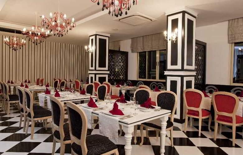 Serenis Hotel - Restaurant - 17