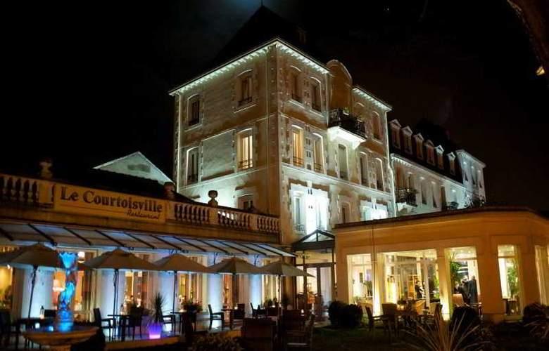 Grand Hotel de Courtoisville - Hotel - 6