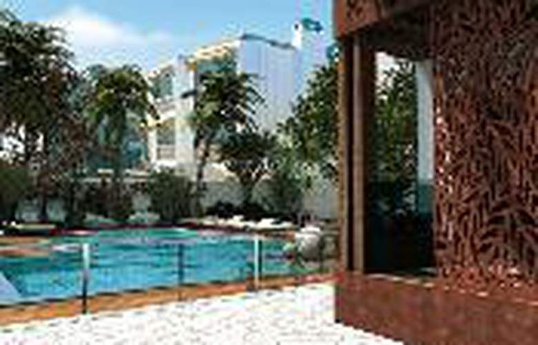 Alhambra Boutique - Pool - 5