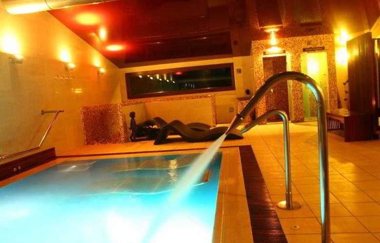 Spa Natura Resort - Pool - 10