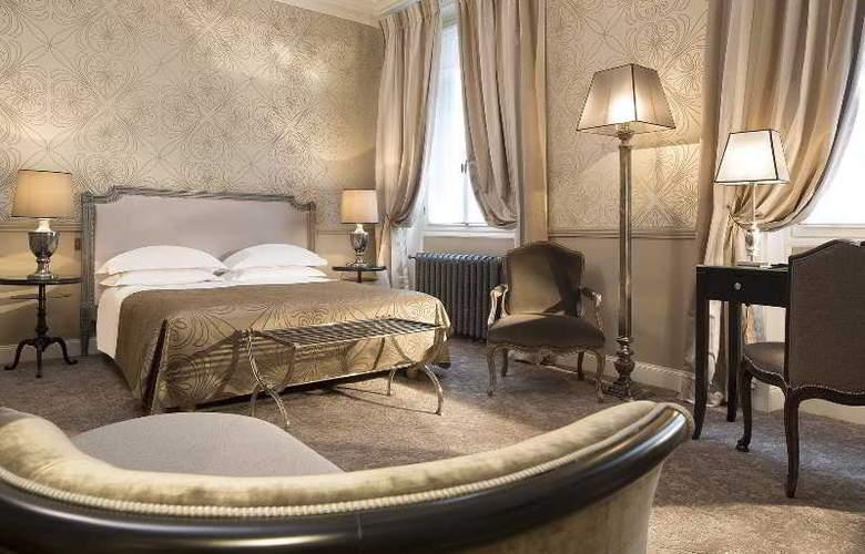 West end Paris - Room - 8