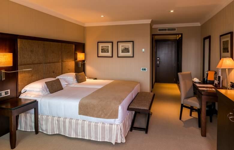 Nixe Palace - Room - 9
