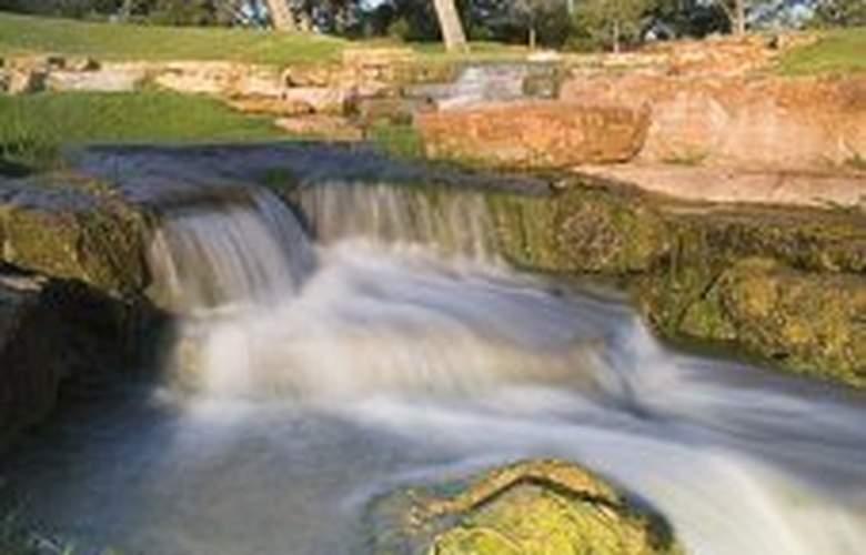Hyatt Regency Lost Pines Resort & Spa - General - 2
