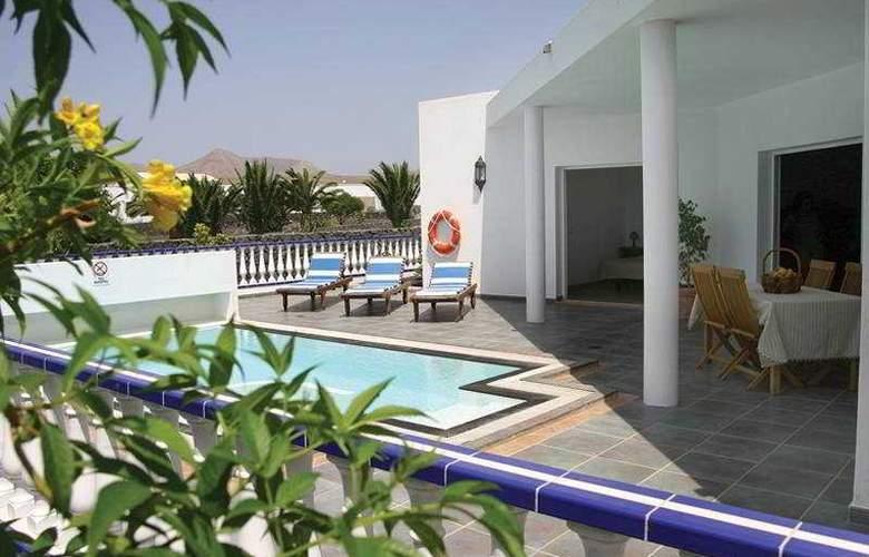 Villas del Mar - Pool - 4
