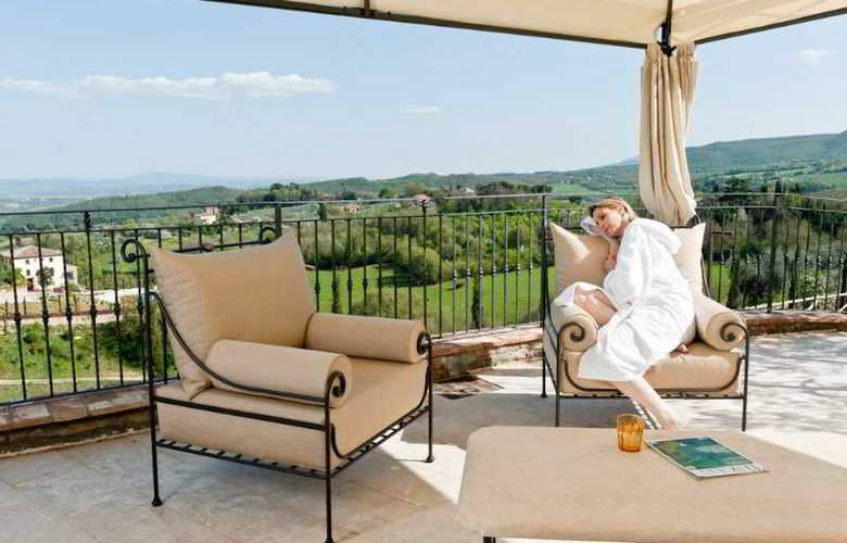 Etruria Resort & Natural Spa - Terrace - 10