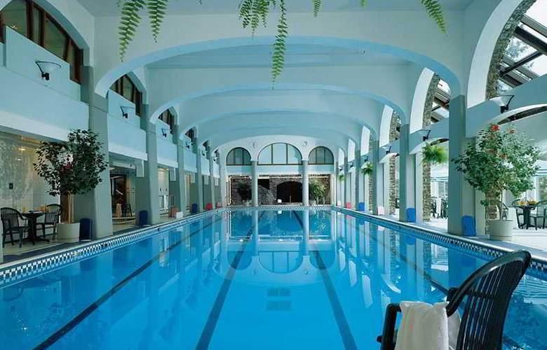 The Fairmont Banff Springs - Pool - 8