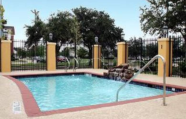 Sleep Inn & Suites Hwy 290/NW Freeway - Pool - 5