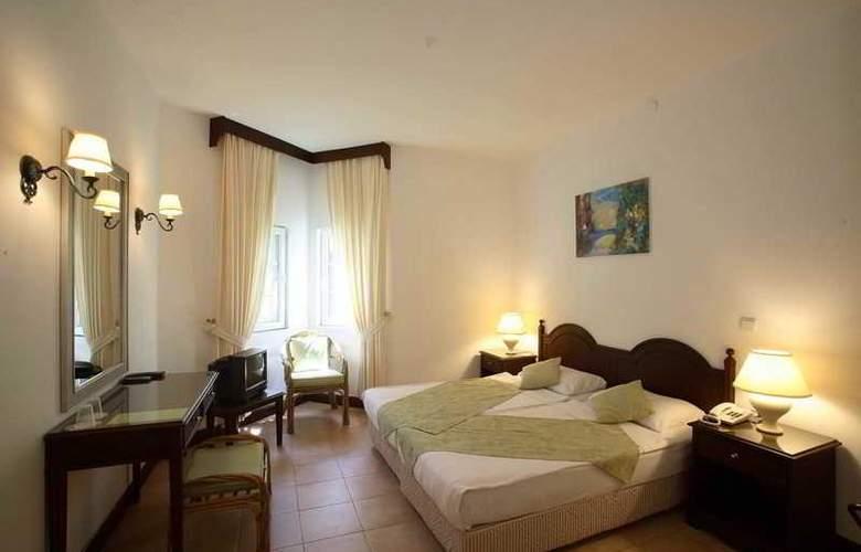 Princess Artemisia Hotel - Room - 10