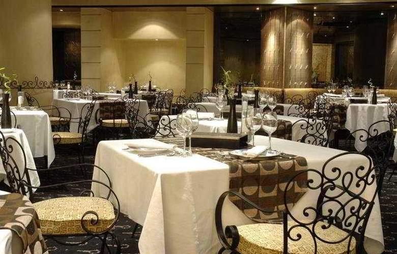 Corinthia Palace Hotel & Spa - Restaurant - 6