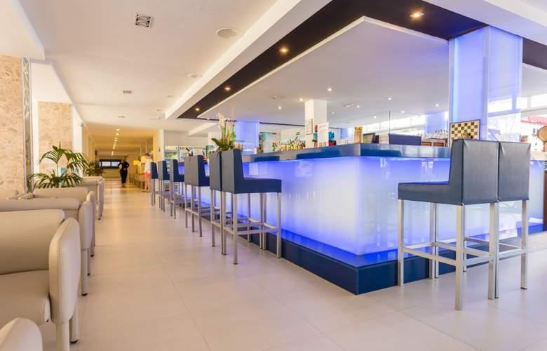 Hotel & Spa Ferrer Janeiro - Bar - 25