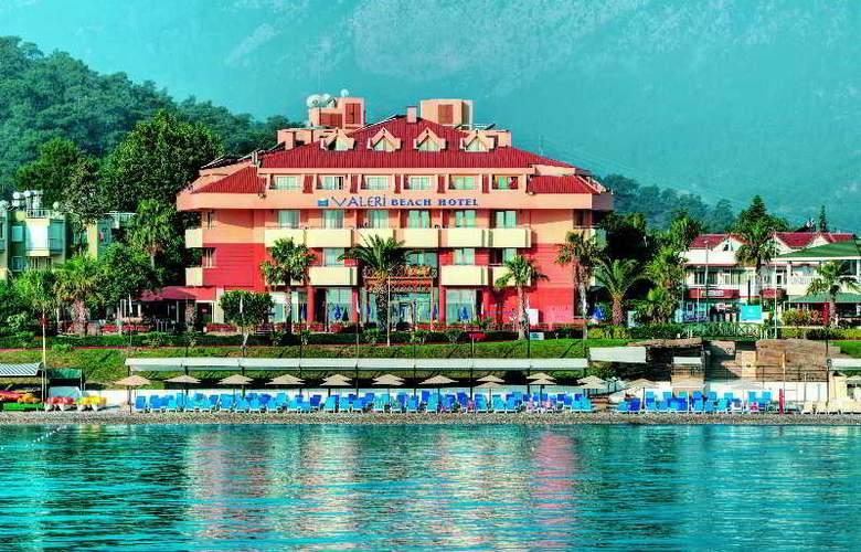 Valeri Beach Hotel - Hotel - 0