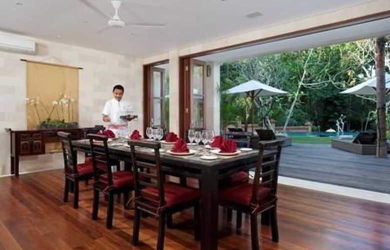 Villa Iskandar - Room - 11
