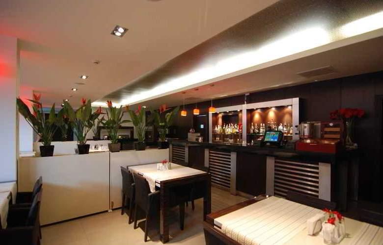 Cubix - Restaurant - 11