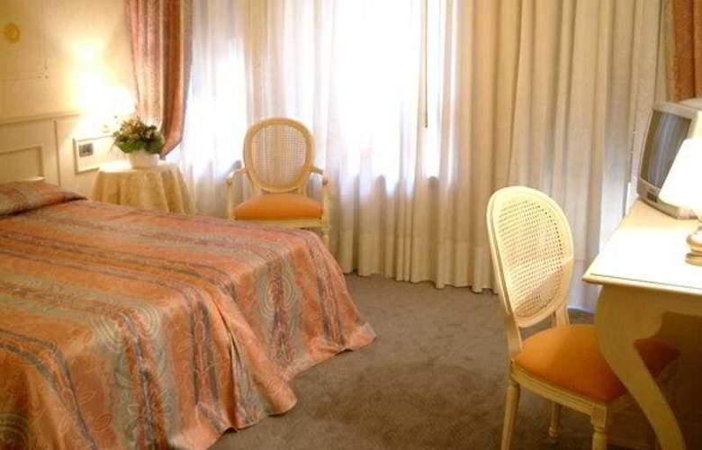 San Luca - Room - 6