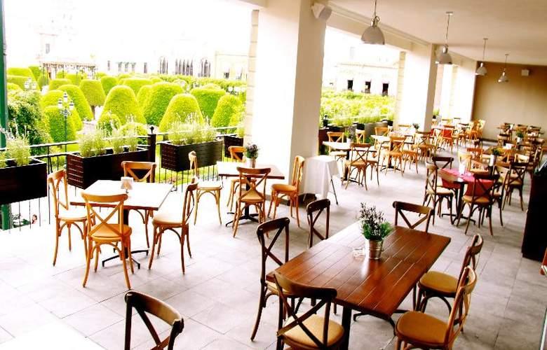 Ramada Plaza León - Hotel - 6