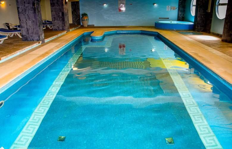 Luna Hotel da Oura - Pool - 2