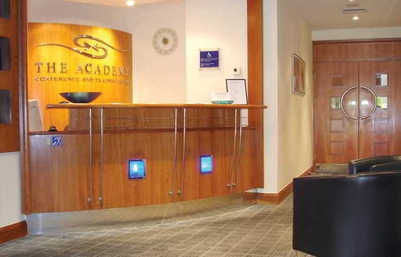 Britannia Leeds Bradford Airport - General - 1