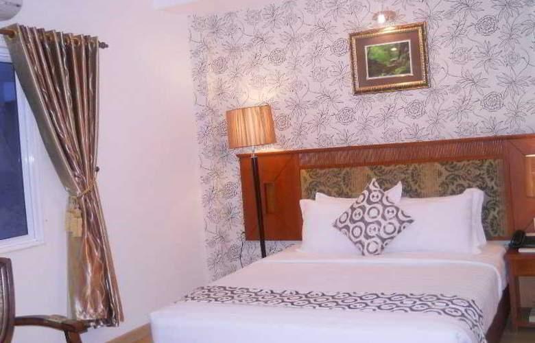 Blue Diamond Hotel - Room - 5