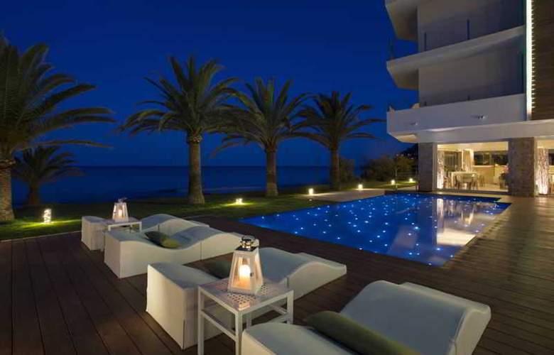 Melbeach Hotel & Spa - Pool - 16
