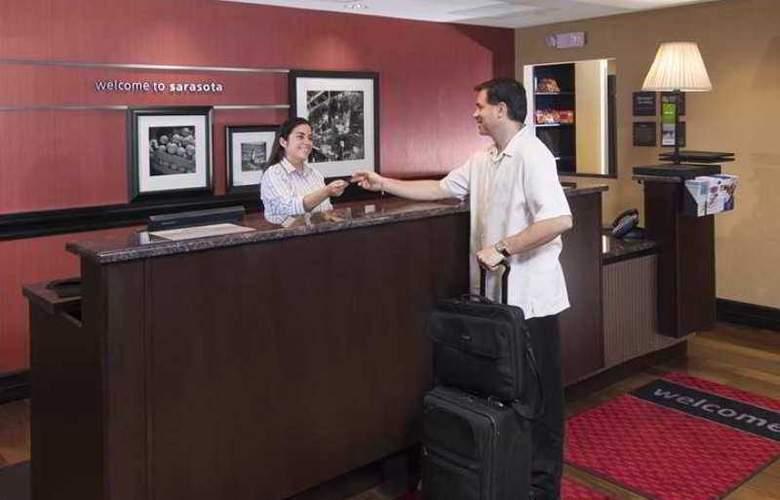 Hampton Inn & Suites Sarasota/University Park - Hotel - 0