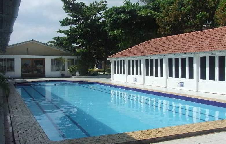 Angels Resort - Pool - 16
