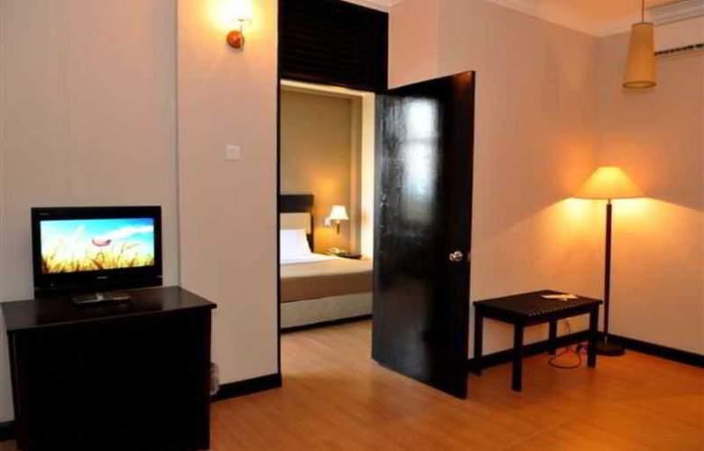Lodge 18 Hotel - Room - 8