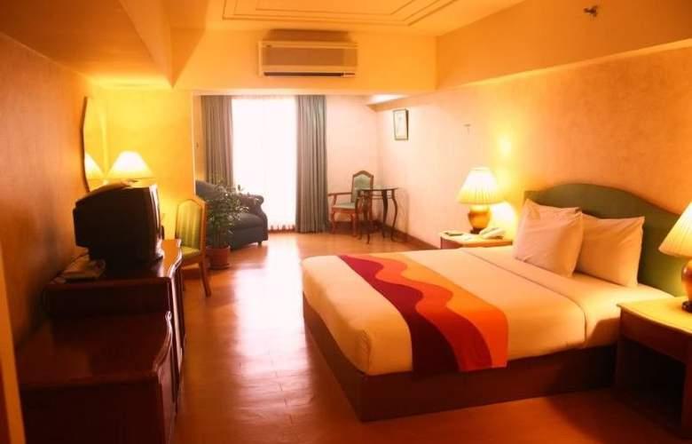Atrium Hotel - Room - 2