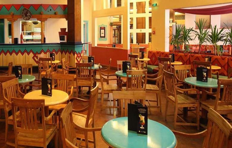 Disney's Hotel Santa Fe - Restaurant - 4