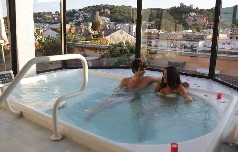 URH Vila de Tossa - Pool - 7
